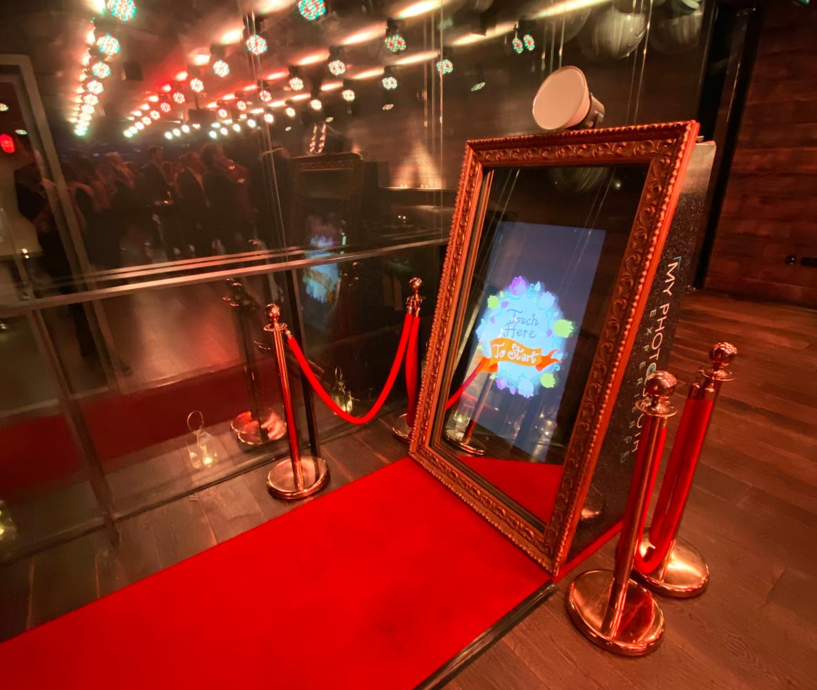 magic mirror booth hire